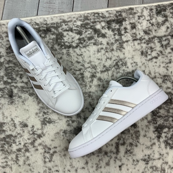 NIB Adidas Grand Court women's tennis shoes NWT